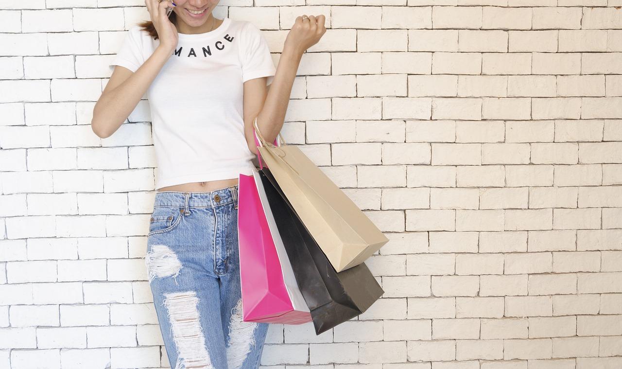 Czy odzież ze sklepów sieciowych jest dla bogatych?